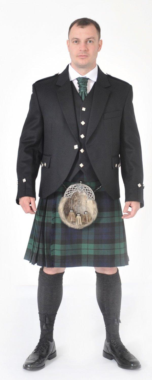 Scottish 8 Yard Black Watch Kilt outfits
